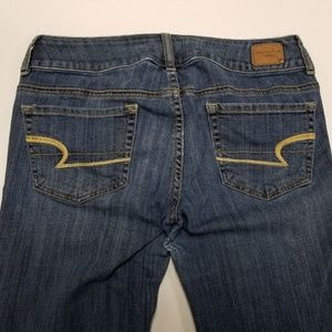 American Eagle Jeans Artist Super Stretch Size 6